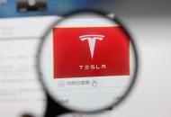 传特斯拉将与AMD合作开发无人驾驶AI芯片