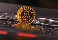 比特币再创新高 恐导致分裂的技术升级取消