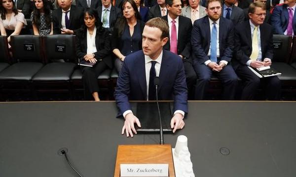 扎克伯格听证会尴尬瞬间:不断被问奇葩和重复问题_人物_电商报