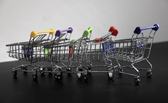 2018年上半年消费品市场:持续增长 但存回落现象