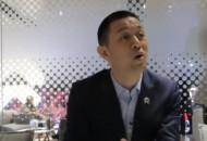 """蔚來汽車上市 創始人李斌:不做""""中國的特斯拉"""""""