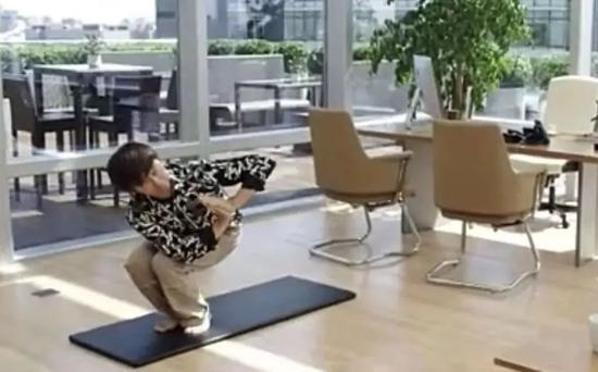 马云打太极、张朝阳练瑜伽 聊聊大佬与运动的那些事_人物_电商报