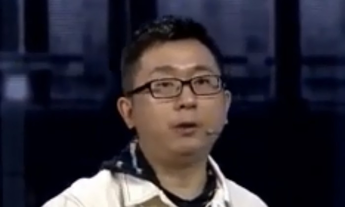 杨伟东这一跤,摔得有点难看!