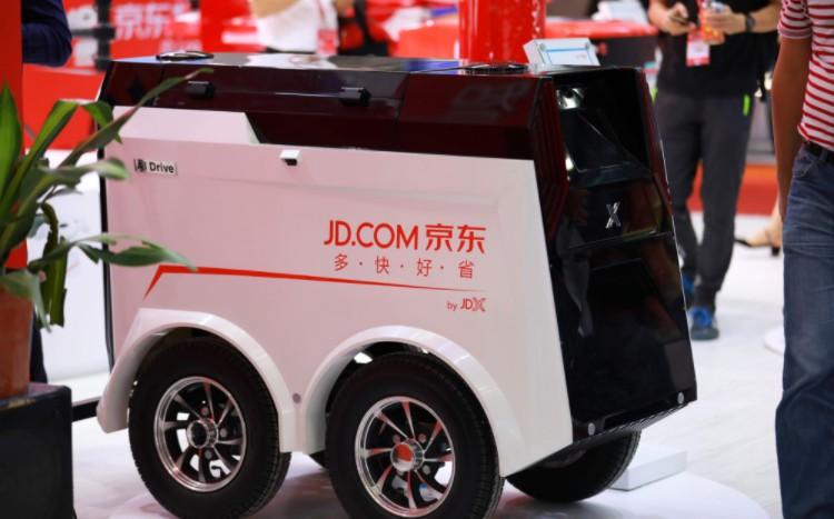 物流机器人受热捧 行业标准制定在路上