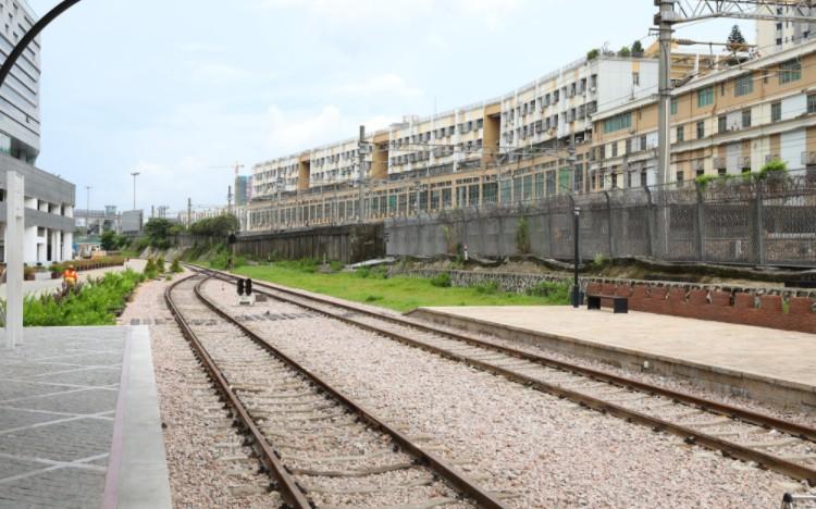 """降低社会物流成本 货运""""公转铁""""力度加大"""