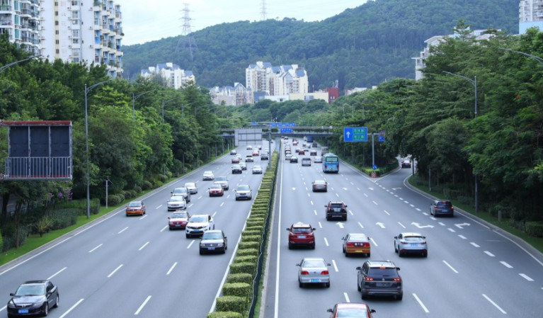 上海通报网约车整改情况 已清退超30万辆违规车辆_O2O_电商报