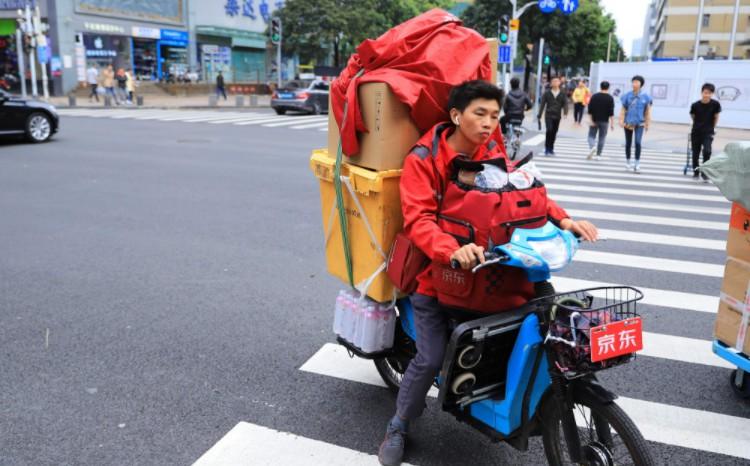 物流护城河变为基础设施 京东向何处寻找未来?_物流