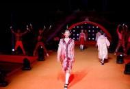 延续千年的浪漫!断桥时装秀打开时空之门,串联古今时尚
