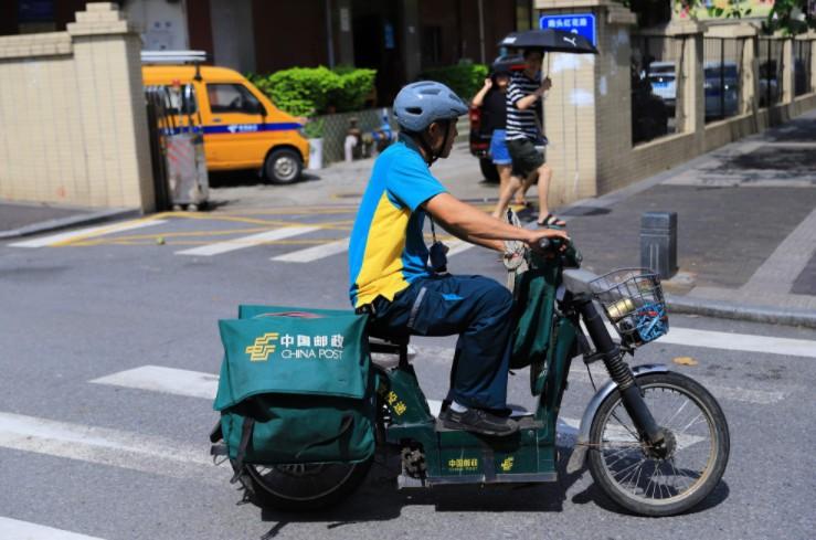 """""""双11""""大数据:一线城市快递员招聘需求量增大_物流_电商报"""