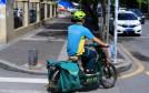 月入過萬者不足1% 政策綠燈難解快遞員職業危機