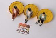 三只松鼠人员变更  宋静和吴斌卸任监事一职