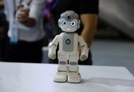 软银将于明年1月在日本推出自动送餐机器人
