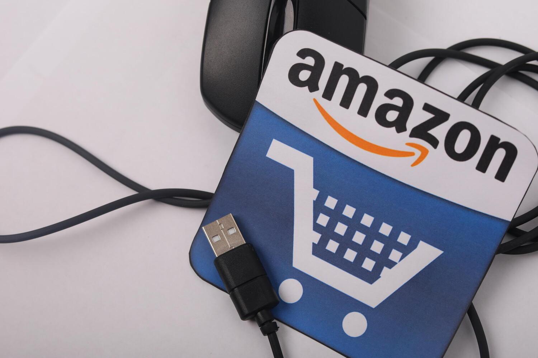 亚马逊推出Alexa定制车内语音助手服务_跨境电商_电商报